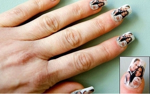 Will & Kate nail decals from unnamed souvenir shop, London